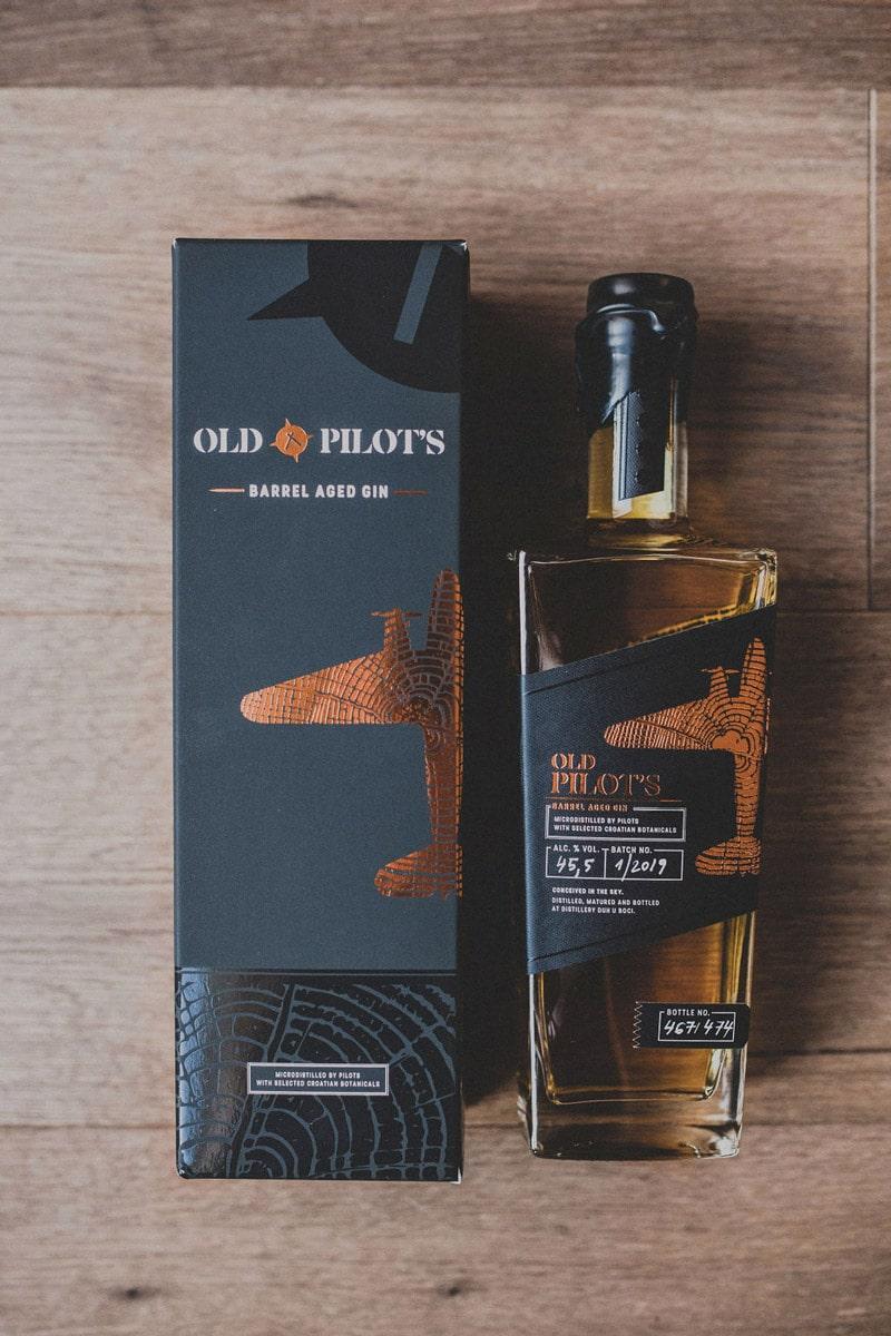 Old Pilot's - Barrel Aged Gin u poklon kutiji