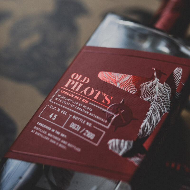 Art Edition OKO Old Pilot's gin
