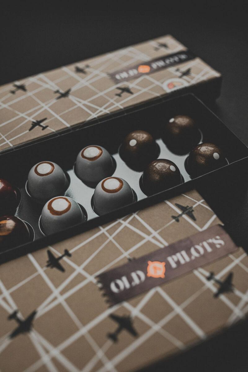 Praline Old Pilot's - čokoladni bomboni sa Old Pilot's ginom